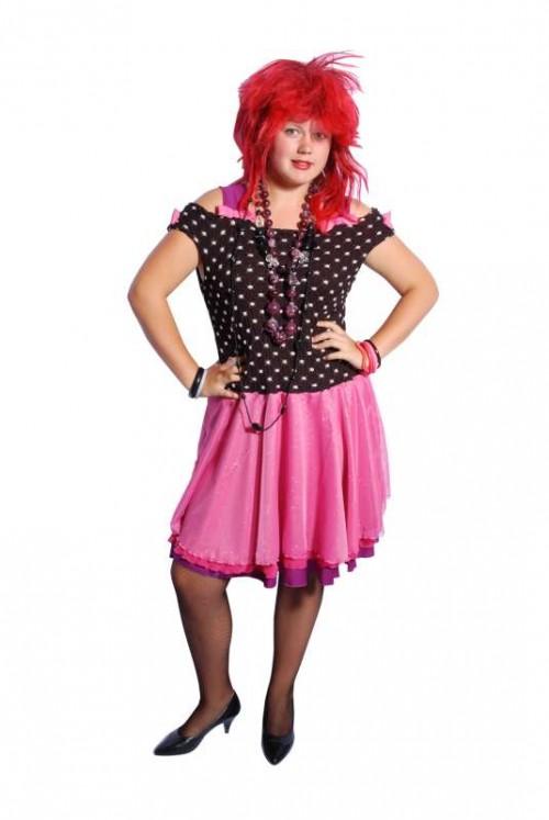 Cindy_Lauper_Pink_Black_Dress