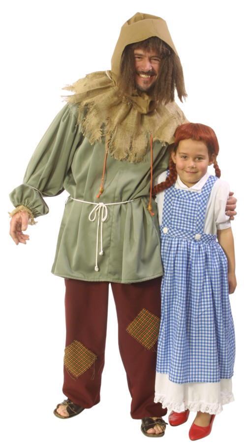 Scarecrow_and_Dorothy_Child