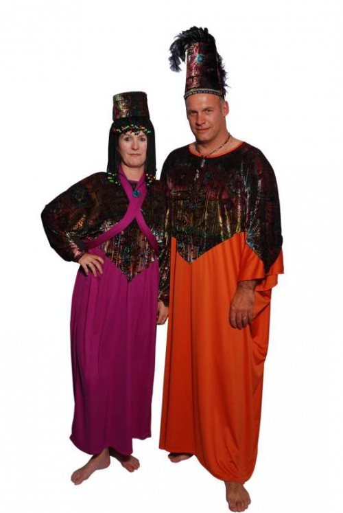 Tribal_Couple_Purple_Orange